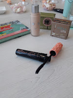 Benefit Roller Lash Hoola Benefit Hello Happy Flawless Brightening Foundation