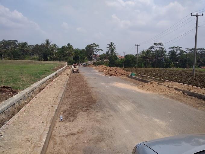 Mangkrak Pekerjaan Trotoar Desa Cipicung, APH Diharapkan Panggil PJS Kades