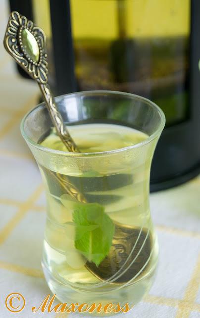 Чай с имбирём и мятой