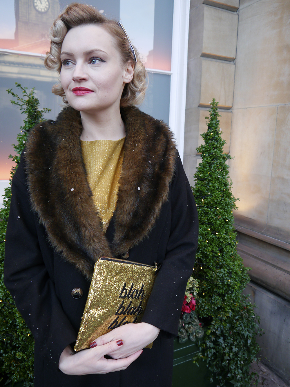 British vintage style blogger, faux fur trimmed Henry Holland coat, gold glitter clutch for christmas party, easy vintage pincurl style with tongs, fashion blogger christmas outfit, SoS15 glitter bag, wardrobe conversations blogging duo, top Scottish blogger