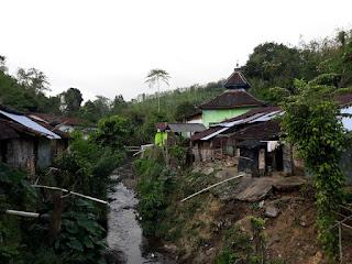 Kondisi pemukiman di laokasi Qurban Lazismu Jember 1440 H