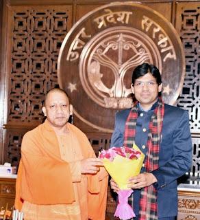 Mumbai : मुख्यमंत्री योगी आदित्यनाथ से मिले डॉ. योगेश दुबे