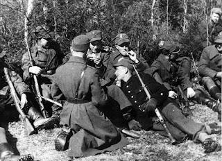 AK soldiers