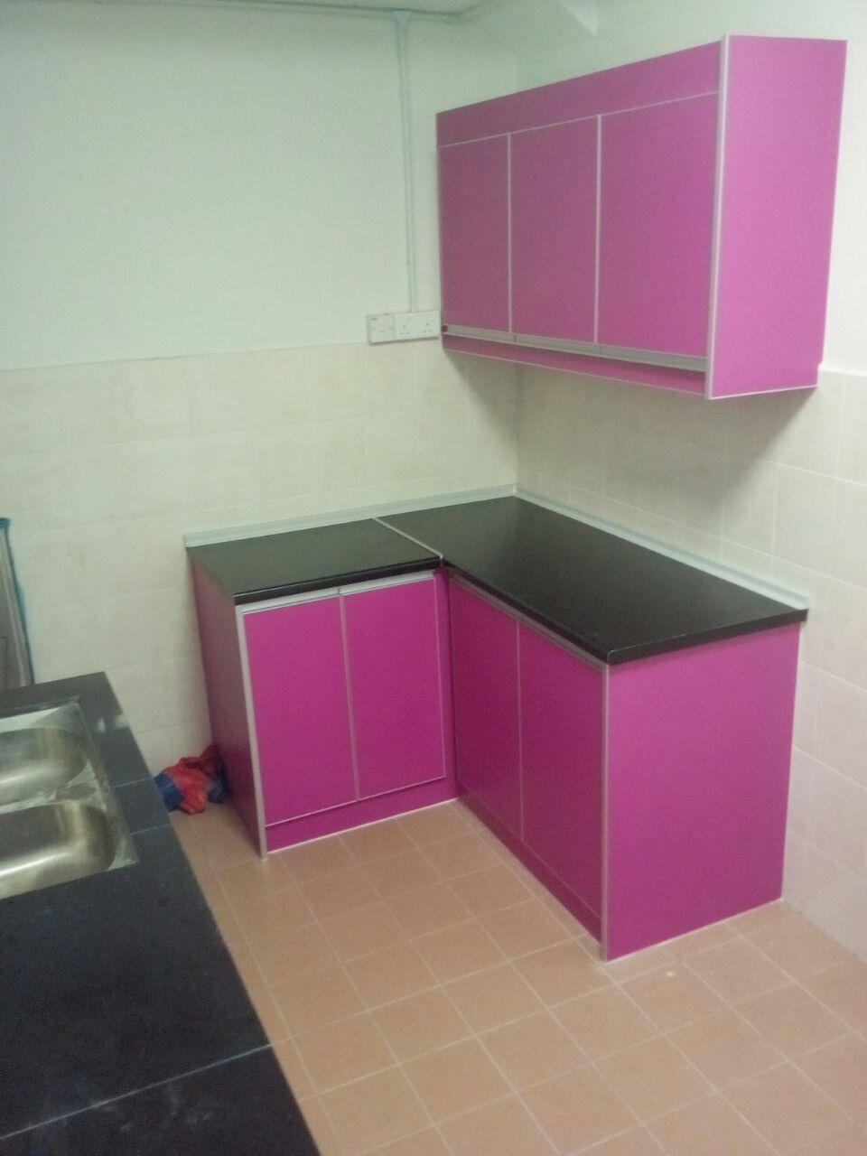 Ruangan Sebelum Di Masuki Kabinet Dapur Dan Selepas