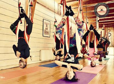 yoga, aeroyoga, aerial yoga, yoga aéreo, yoga aérea, fly yoga, flying yoga, air yoga, formación aero yoga, aero yoga institute, chile, santiago, viña del mar. valparaiso