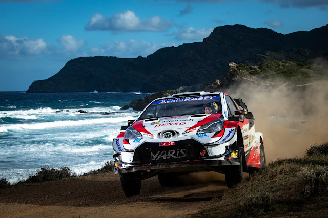 Toyota Yaris World Rally Car going fast