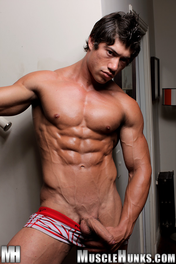 Naked young muscular hunks — pic 12