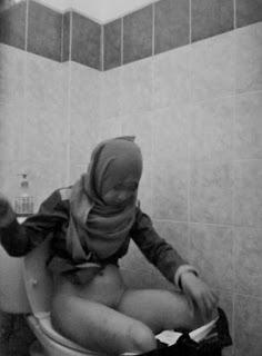 spy cam toilet kantor