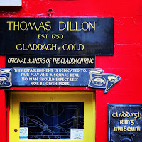 Pictures of Ireland: Thomas Dillon jewelers, home of the Claddagh ring