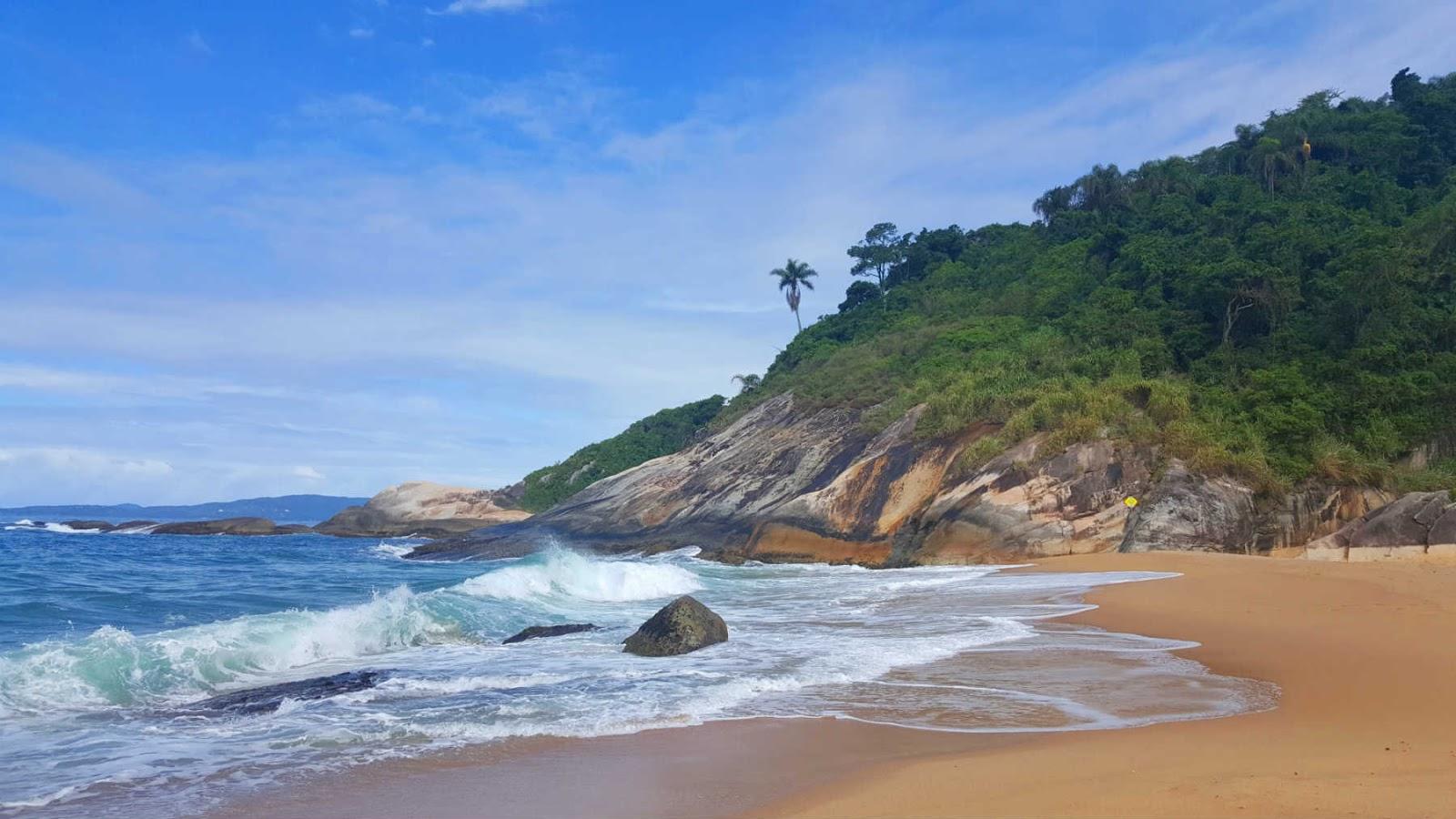 Praia do Estaleirinho, Balneário Camboriú, Santa Catarina.