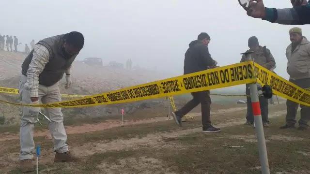 कासगंज में विकास दुबे पार्ट-2 : रात में पुलिस पर हमला, सुबह एनकाउंटर में शराब माफिया का भाई ढे