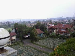 http://penginapanlembang.blogspot.com/2016/03/villa-murah-di-bandung-barat.html