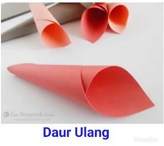 Buatlah Kelopak Bunga Mawar Dari Kertas Origami