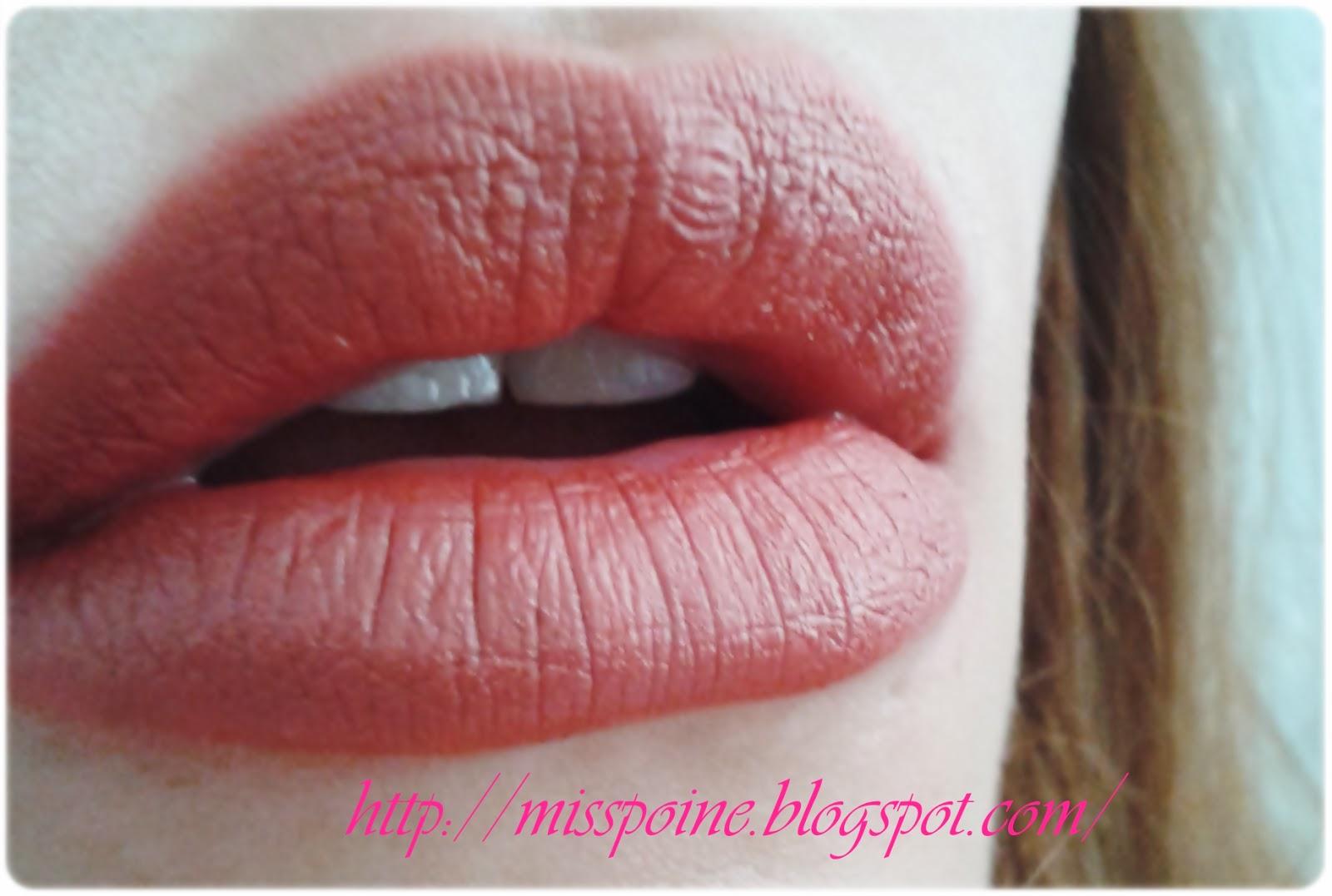 Misspoine Avon Ultra Color Rich Mat Ruj Matte Kiss