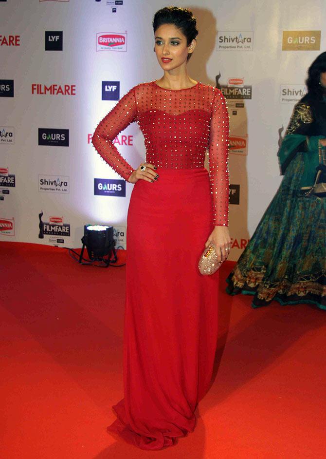 Ileana D'Cruz at Filmfare Awards 2016, Filmfare awards 2016 best dressed