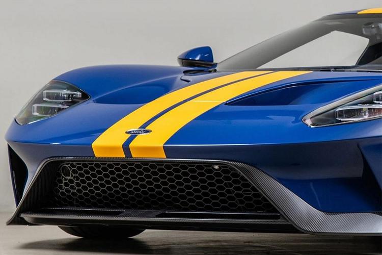 Siêu xe Ford GT 2020 màu sơn xanh Sunoco Blue độc nhất