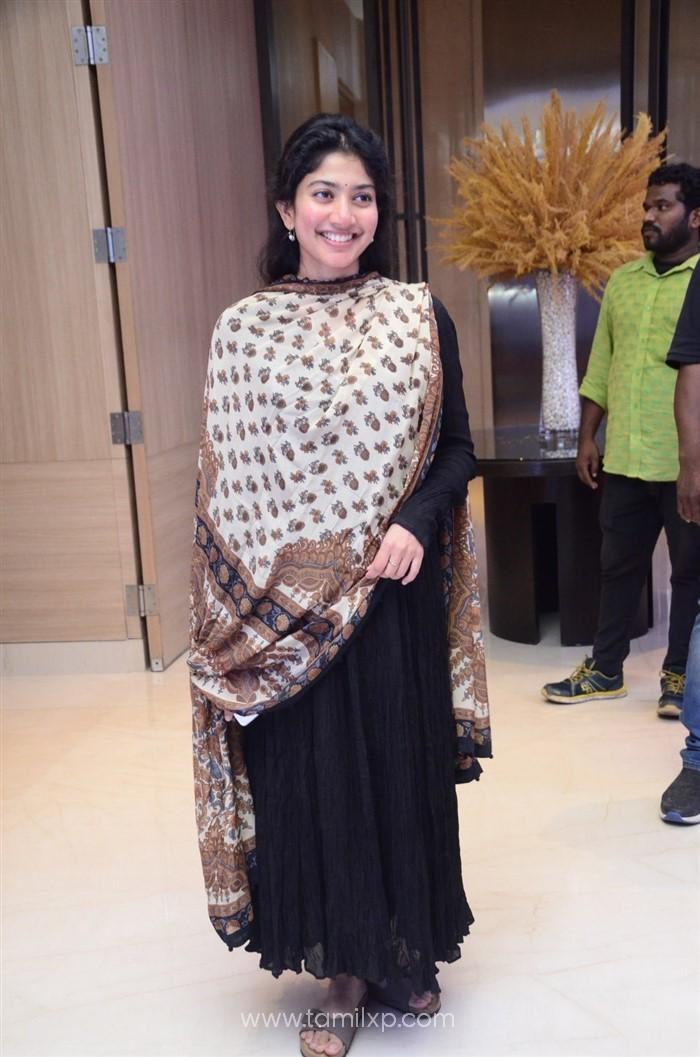 Telugu Actress Sai Pallavi