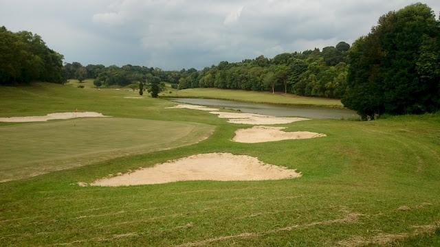 Tamarin Golf Club, Batam - Image: Author