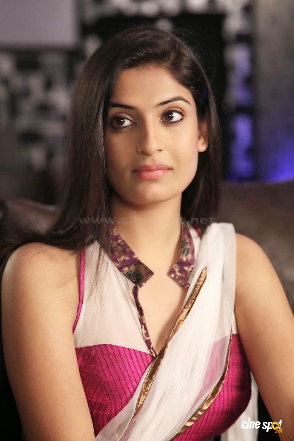 Megha Name 3d Wallpaper Bollywood Actresses Actors Celebrities Hot Photos Images