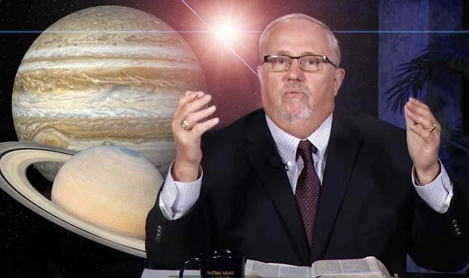 UMA ESTRELA DE NATAL 2020: bizarra alegação do pregador da Bíblia Grande conjunção é um sinal do fim do mundo