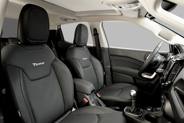 Fiat Toro 2.0 Diesel 4x4 - interior