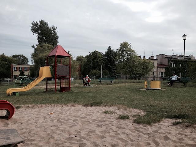 place zabaw na Żoliborzu