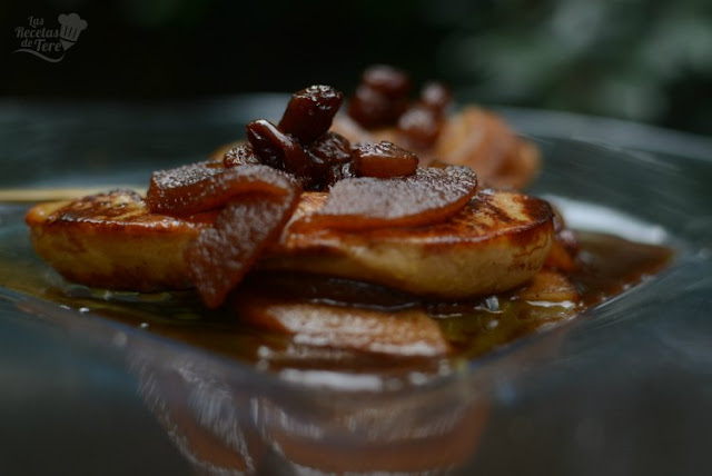 Foie Gras con manzanas al vino moscatel
