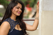 Ashwini sizzling at Vinodham 100% event-thumbnail-3