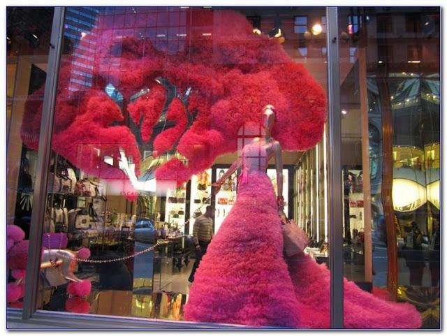 Best Valentines Decorations GLASS WINDOW Ideas