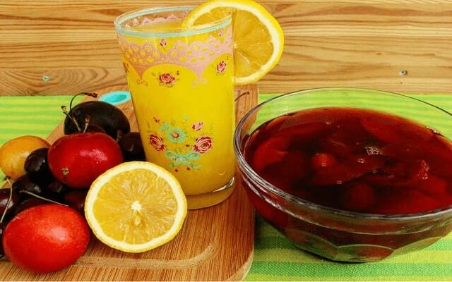 Evde-Limonata-Ve-Meyve-Suyu-Yapımı