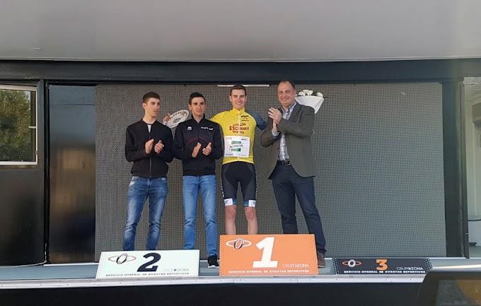 Carlos Rodríguez triunfa en el Trofeo Castillo de Onda y es el primer líder del Víctor Cabedo