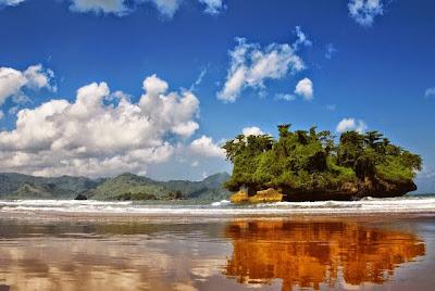 Pantai Pelang, Trenggalek