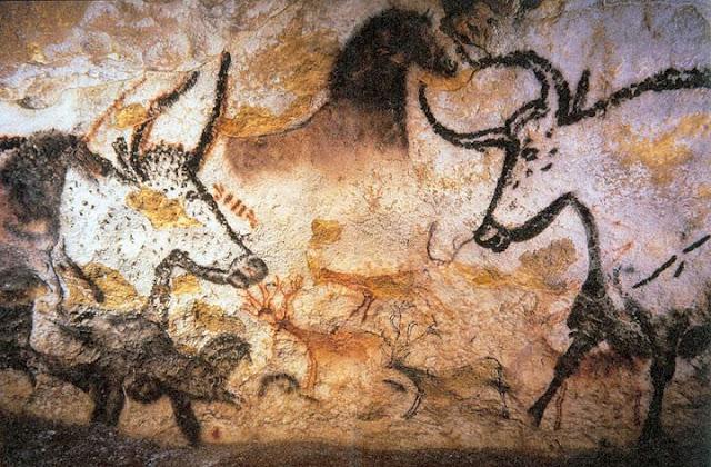 Figure di uri sulle pareti di Lascaux (Francia) storia dell'arte rupestre preistoria paleolitico
