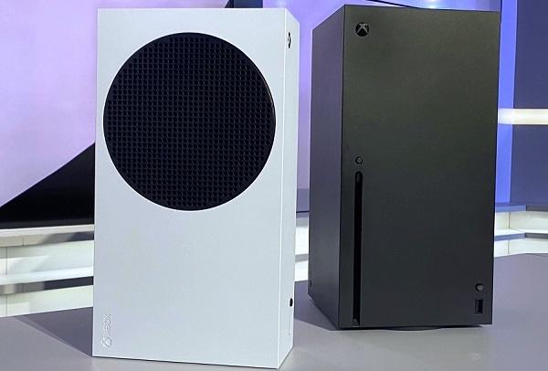 بالصور جهاز Xbox Series S ظهر في بث مباشر لرئيس إكسبوكس دون أن ينتبه الجمهور