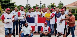 BANICA: El CNF apoya jóvenes de comunidades fronterizas con la entrega de uniformes y utilería deportiva