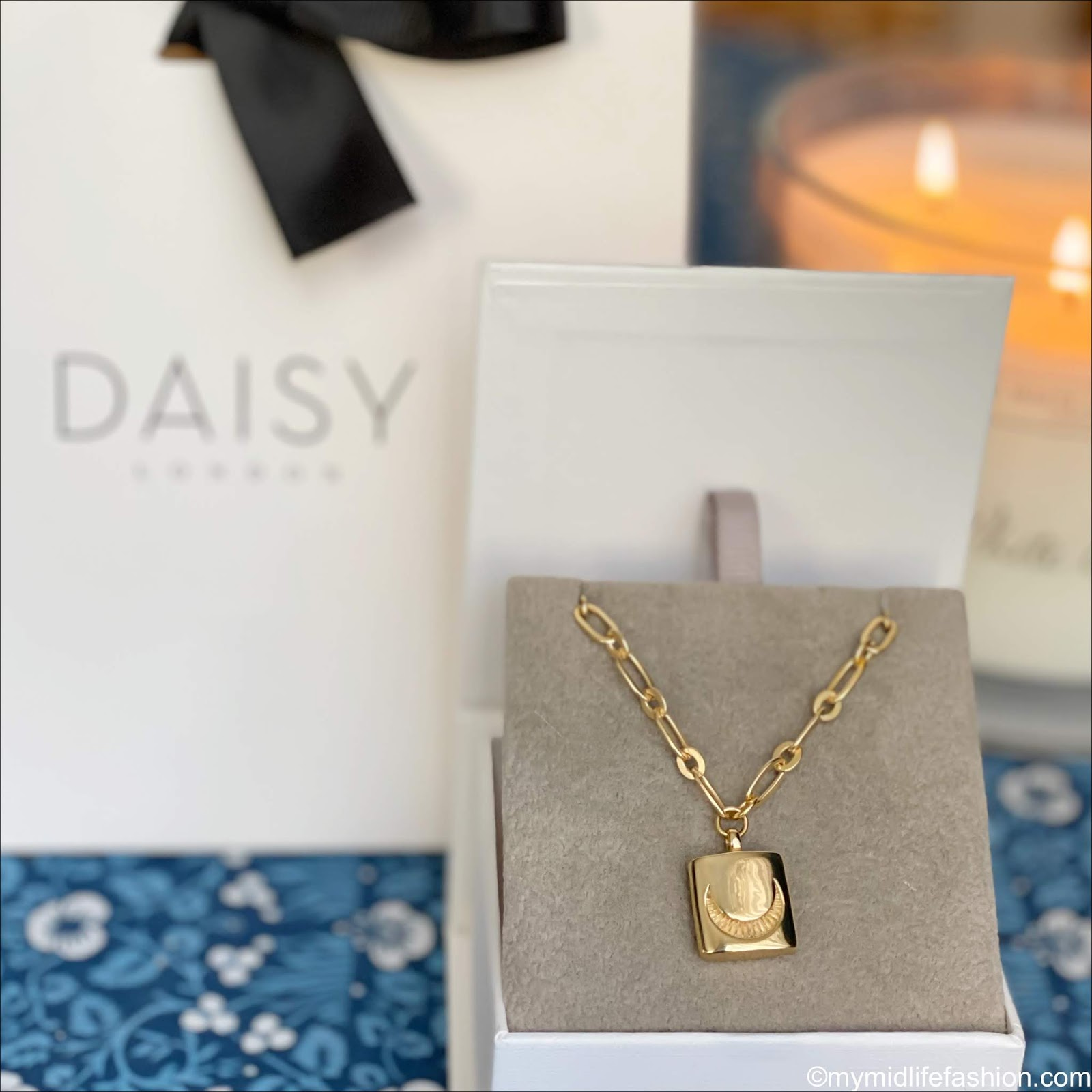 my midlife fashion, daisy London ester Lalonde luna lock necklace