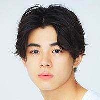 Takuma Usa sebagai Yuta Arimura