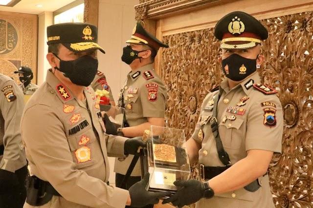 Resmi, AKBP Budi Adhy Buono Pegang Tongkat Komando Polres Demak