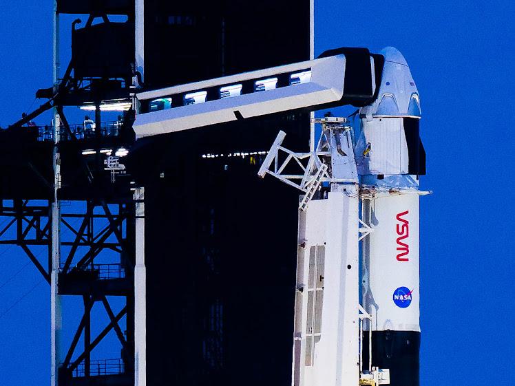 Missão Crew-1: SpaceX envia astronautas à ISS; assista ao lançamento do Falcon 9