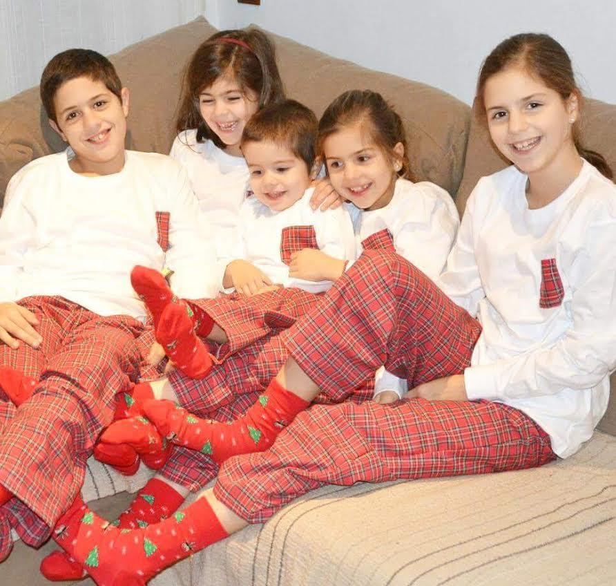 e87b443110b4 que hacemos en Monpetitnicolas desde hace ya siete años y que siguen  teniendo mucho éxito…nos encanta ver familias completas con nuestros  pijamitas!