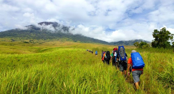 Hiking Mount Rinjani 5 days 4 nights start from Sembalun