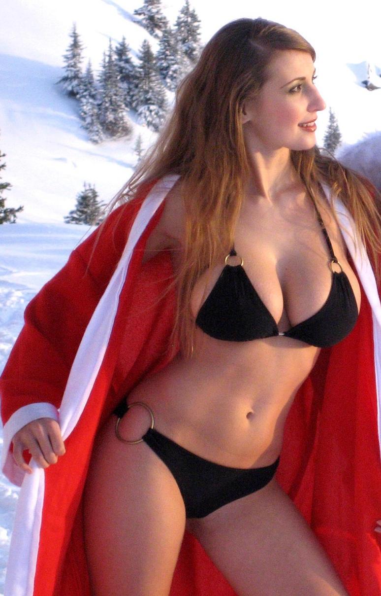 Claudia hot