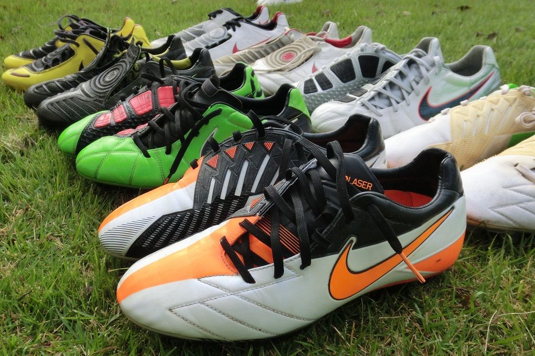 los angeles 181fa bcbe0 Nike launched the Total 90 series in 2000. The Swoosh released eight  different Nike Total 90 boots in total (Nike Total 90 Air Zoom I, II   III,  ...