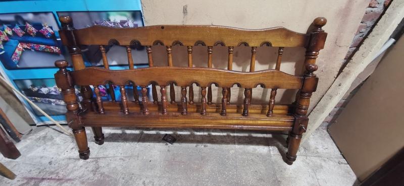 سرير شمعدان مقاس 150 سم - أثاث مستعمل للبيع - سراير فرداني