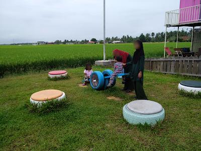 Homestay kontena best di Sekinchan