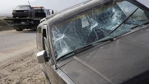 Szörnyű baleset Szombathelyen: három embert vittek kórházba - videó