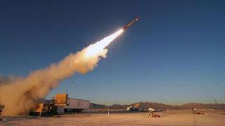 الحوثيون يقصفون مطار أبها وإصابة 26 مدنيا