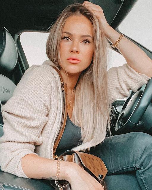 Carina Nova Instagram