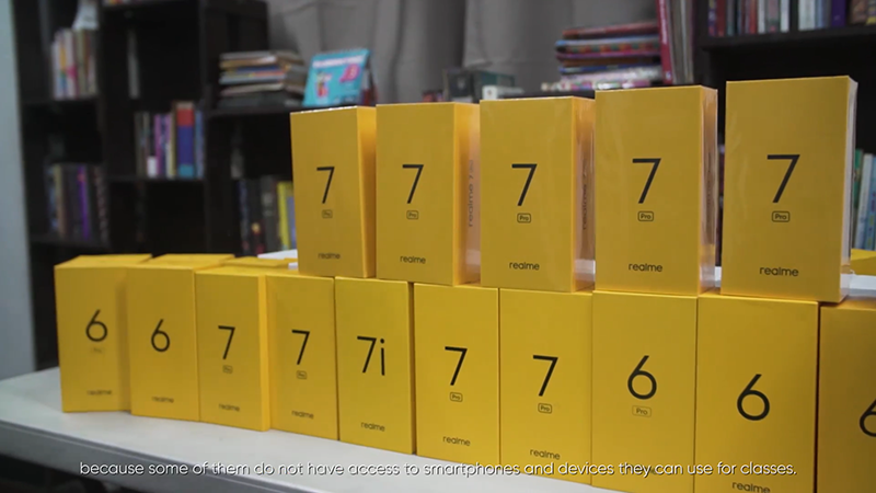 realme donated PHP 600K worth of smartphones to Young Focus