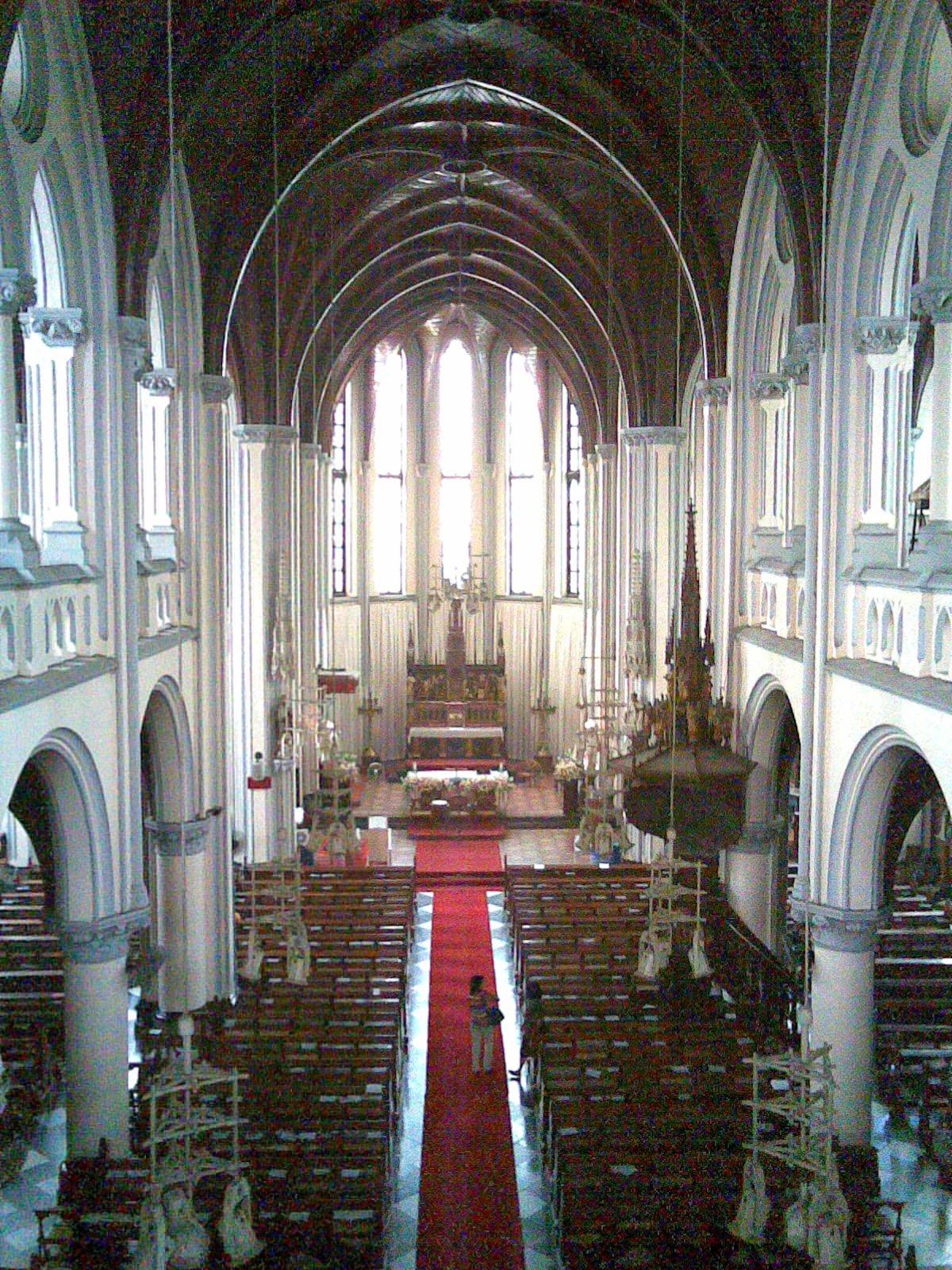 Misa Krisma dan Pembaruan Janji Imamat di Katedral Jakarta